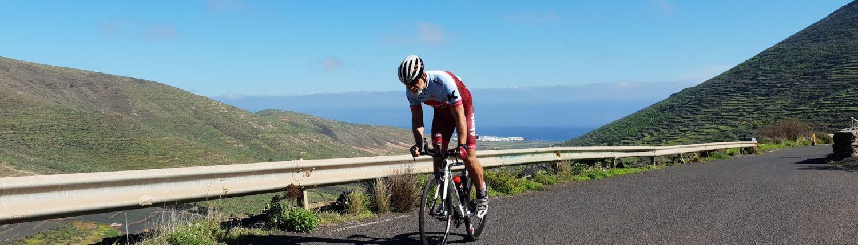 Arrieta, Lanzarote, Spanien im Hintergrund bei Radausfahrt