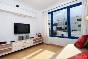 Wohnkueche mit Sat-Tv im Ferienhaus am Meer