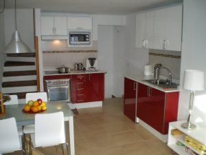 moderne Kueche im Ferienhaus auf Lanzarote